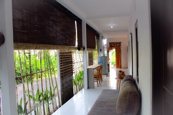 Comfy Room at Terrace House Canggu