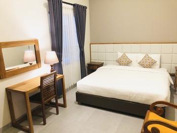 Arkananta Villa Yogyakarta - Deluxe Room Regular Plan