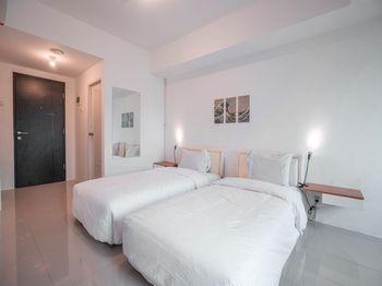 Baileys Apartment Tangerang Selatan - Standard Twin Room Regular Plan