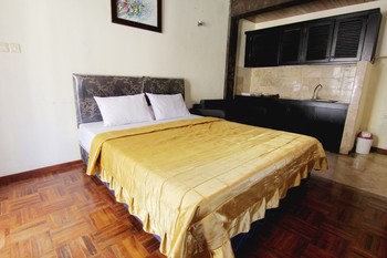 Rumah Kayu Cottage Syariah Bandung - Cottage Minimum Stay
