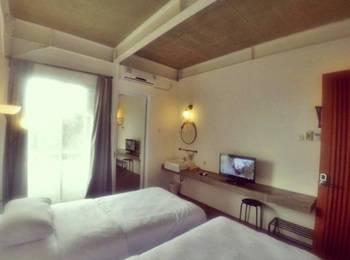 Hotel Bukit Juanda Bandung - Twin Bed Standard 2nd Floor Room Only Regular Plan