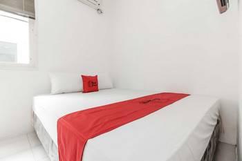 RedDoorz @Tondano Benhil Jakarta - RedDoorz Room 24 Hours Deal