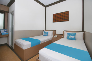 Airy Grage City Ahmad Yani 39 Cirebon - Standard Twin Room with Breakfast Special Promo Aug 28