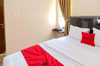 RedDoorz Plus @ Jalan P. Emir Moh Noer Lampung Bandar Lampung - RedDoorz Room with Breakfast Regular Plan