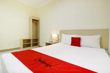 RedDoorz at Jakal Bawah 2 Pandega Siwi - RedDoorz SALE 125k Regular Plan