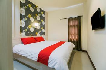 Hotel Halogen Surabaya - Superior Double Bed or Twin Bed Room Only Regular Plan