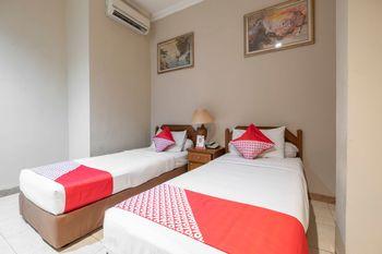 OYO 639 Hotel Harapan Makassar - Deluxe Twin Regular Plan