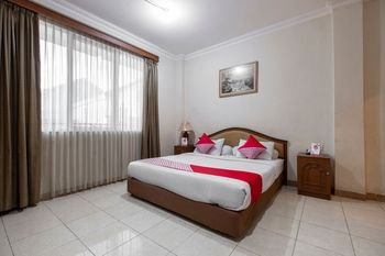 OYO 639 Hotel Harapan Makassar -  Suite Double Regular Plan