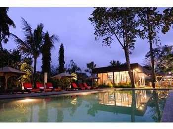 Y Resort Ubud - Deluxe Pool View With Standing Shower Room Only RAMADHAN PEGIPEGI PROMOTION