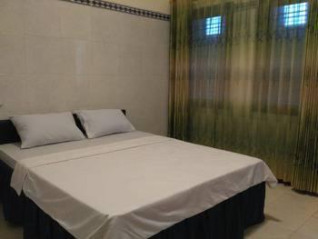 Star Suite Hotel Kediri - Deluxe Room Regular Plan