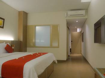 Hotel Mutiara Bandung - Suite Room Only BASIC DEAL