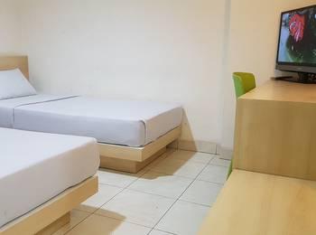Losmen Simpang Lahat - Superior Twin Room Only Regular Plan