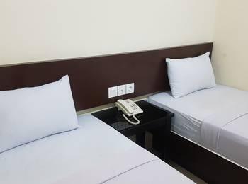 Losmen Simpang Lahat - Deluxe Twin Room Only Regular Plan