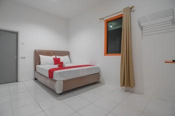 RedDoorz near Trans Studio Mini Palembang Palembang - RedDoorz Room 24 Hours Deal