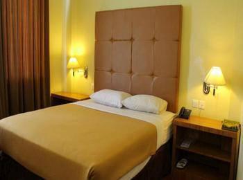 Hotel Sepinggan Balikpapan - KAMAR SUPERIOR DUA BED Regular Plan