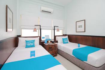 Airy Legian 131 Kuta Bali - Superior Twin Room Only Special Promo 4