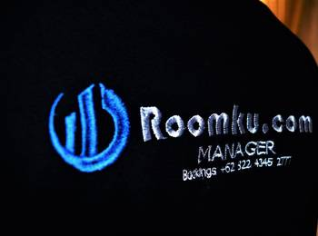 Roomku.com @ Bassura City Apartment