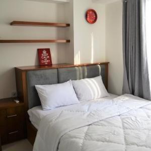 Roomku @ Bassura City Apartment Jakarta - Premium Studio Regular Plan
