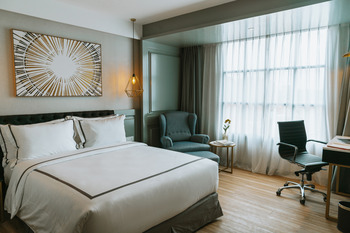 Barito Mansion Jakarta - Deluxe Queen Bed Room Breakfast DELUXE BARITO PROMO