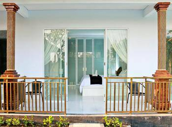 Puri Suksma Ubud Bali - Deluxe Double Room With Pool View Basic Deal 40%