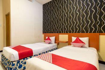 OYO 687 Residence Hotel Syariah Medan - Deluxe Twin Room Regular Plan