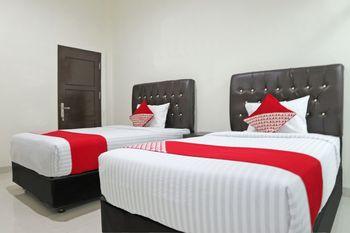 OYO 1326 Mahakam Guest House Padang - Standard Twin Room Promotion