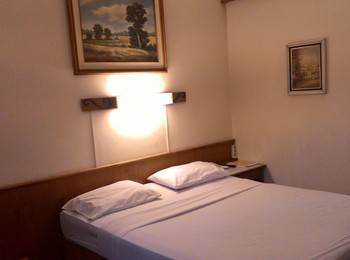 Hotel Harmony Inn Bandung - Standard Room Regular Plan