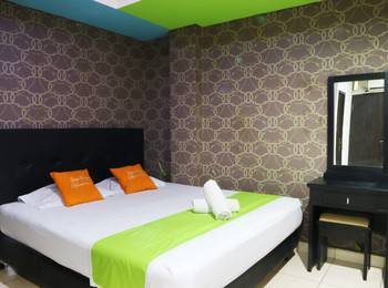 Seungit Syariah Inn Jakarta - Deluxe Double with Breakfast Special Sale