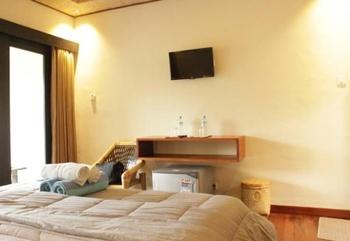 Kaluku Gili Resort Lombok - Deluxe Double Room Pool View Regular Plan