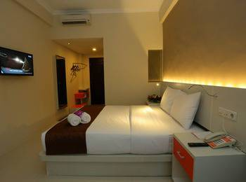 Pandanaran Prawirotaman Yogyakarta - Deluxe Room With Breakfast Regular Plan