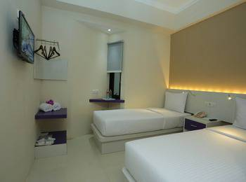 Hotel Pandanaran Yogyakarta - Budget Twin - Room Only Regular Plan