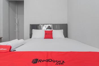 RedDoorz near Wisata Situ Gunung Sukabumi Sukabumi - RedDoorz SALE Regular Plan