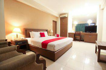 Riyadi Palace Hotel Solo Solo - Standard Room Regular Plan