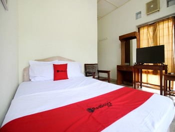 RedDoorz near Sanata Dharma University Yogyakarta - RedDoorz Promo Room Regular Plan