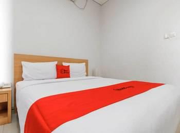 RedDoorz @Kelapa Dua Kebon Jeruk Jakarta - Reddoorz Room Regular Plan