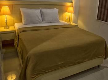 Miracle Hotel Manado - Deluxe King Regular Plan