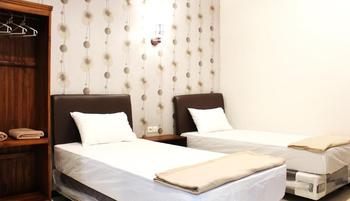 House of Dharmawan Surabaya - Superior Room Room Only - Non Refundable Special Deal