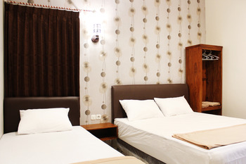 House of Dharmawan Surabaya - Family Room - Non Refundable Special Deal