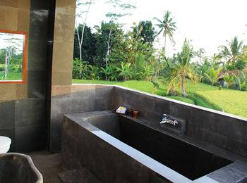 Villa Kemuning Ubud - Deluxe Suite Room Regular Plan