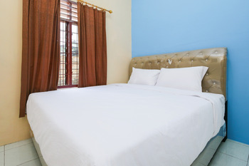 Sky Residence Cengkeh 1 Medan Medan - Standard Double Room Only Regular Plan