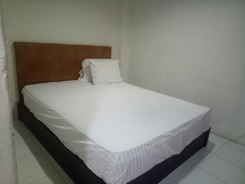 Anno Guesthouse Makassar - Superior Room Breakfast Basic Deal