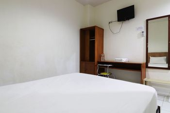 Anno Guesthouse Makassar - Economy Room Breakfast Basic Deal