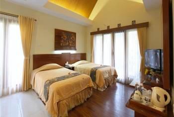 Sindang Reret Cikole Bandung - Deluxe Room Regular Plan