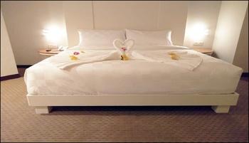 Beverly Hotel Batam Batam - Superior Double Room Breakfast Regular Plan