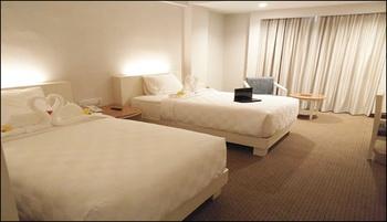 Beverly Hotel Batam Batam - Superior Twin Room Breakfast Regular Plan