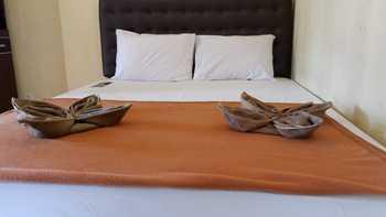 Omah Pelem Syariah Semarang - Standard Double Room Promo REGULER