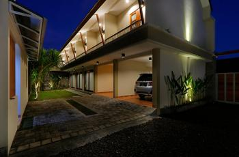 Iconic Bali Living Bali - Iconic Room with Rice Field View Room Only Regular Plan