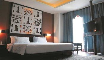 Grand Master Resort Tomohon Tomohon - Queen Room Regular Plan