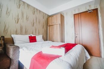 RedDoorz Apartment @ Green Lake View Ciputat Tangerang Selatan - RedDoorz Room Best Deal