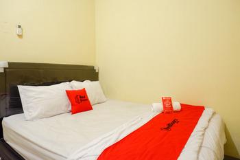RedDoorz near Sleman City Hall 3 Yogyakarta - RedDoorz Room 24 Hours Deal